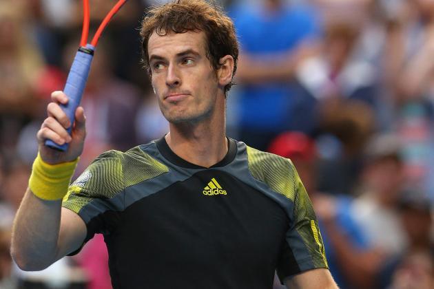 Federer into Quarters of 35th Straight Slam
