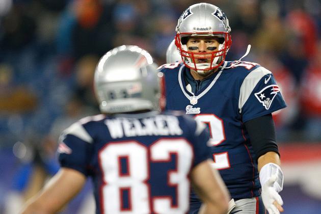 "Brady Hoping ""heart and Soul"" Welker Returns"