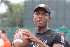 Asiantii Woulard to UCLA: Bruins Land 4-Star QB Recruit