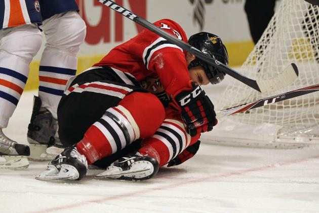 Blackhawks' Carcillo to Miss About One Month