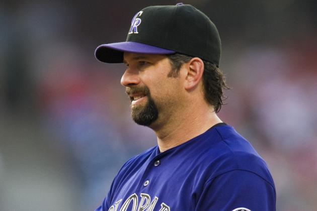 Todd Helton Helping Peyton Manning Cope with Broncos' Loss in Playoffs