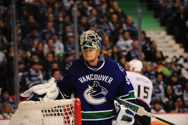 Why the Vancouver Canucks Must Keep Roberto Luongo for the 2013 NHL Season