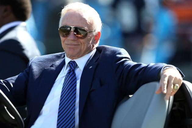 Jerry Jones Likes the Early Decisions