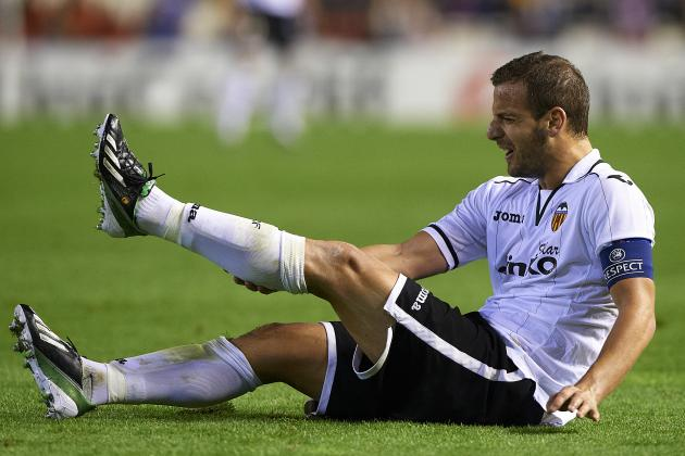 Valencia's Roberto Soldado to Miss Match Against Real Madrid
