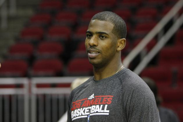 Bruised Kneecap Is Affecting Clippers Guard Chris Paul