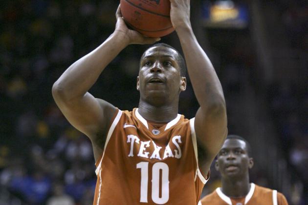 Texas Forward Jonathan Holmes Has Broken Right Hand; No Timetable for Return