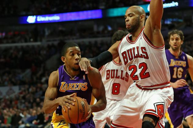 Lakers Falter Late in 95-83 Loss to Bulls
