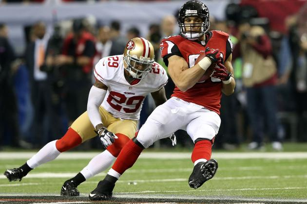 Tony Gonzalez Will Be Back, Sean Weatherspoon Thinks