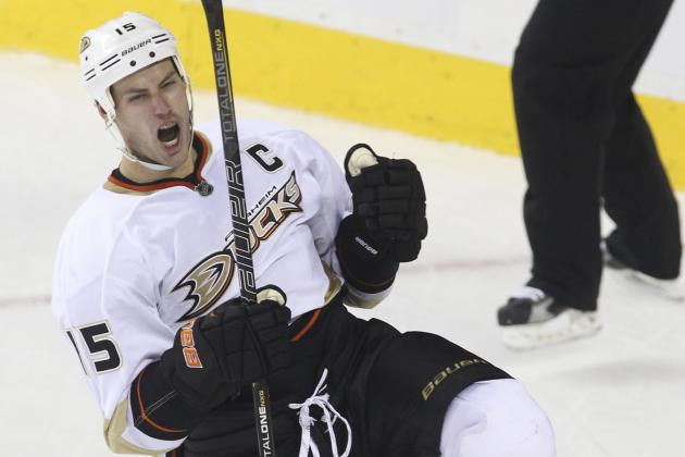 Winnik, Getzlaf Score Twice as Ducks Top Flames
