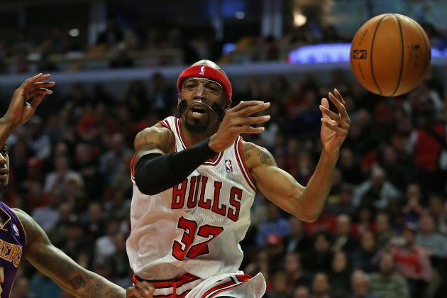 Bulls Win, Deal Lakers 6th Straight Road Defeat