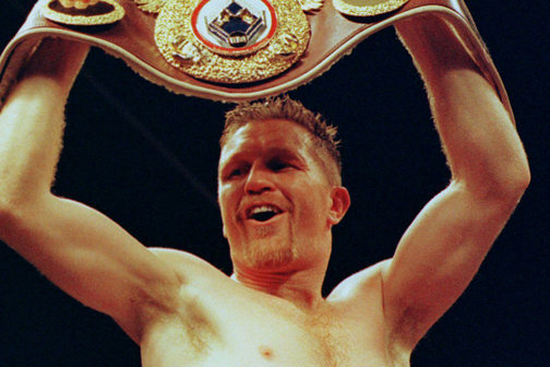 Steve Collins Already Vowing to Knock Roy Jones Jr. out