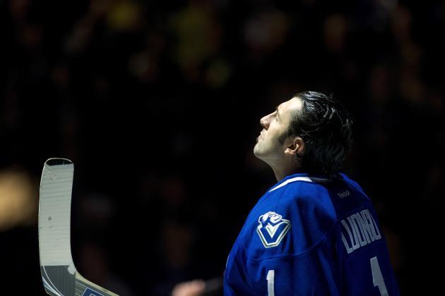 NHL Trade Rumors: Could Chicago Blackhawks Land Roberto Luongo?