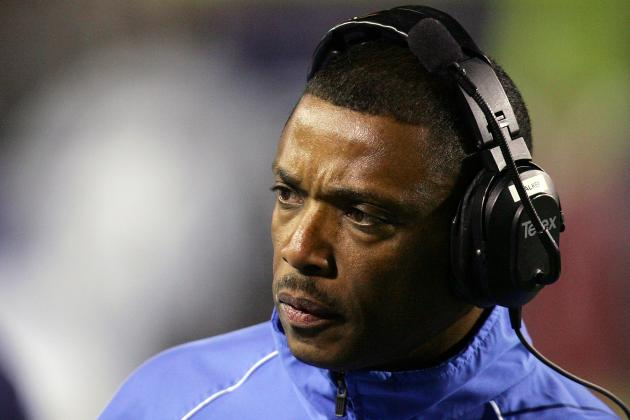 Walker Considering Leaving NM State Job for NFL