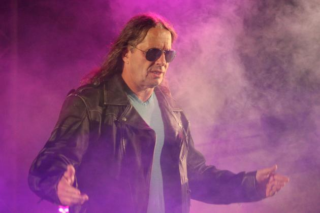 Bret vs. Owen Hart: Looking Back at the WWE Version of the Harbowl