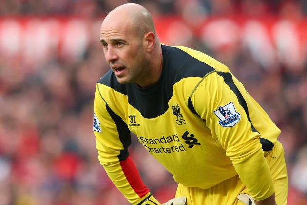 Pepe Reina's Agent Jetting to Liverpool for Talks on Keeper's Future