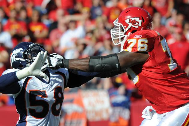 The Kansas City Chiefs Need to Re-Sign Left Tackle Branden Albert