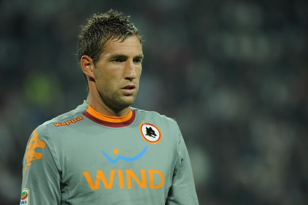 Arsenal Transfer Rumors: Maarten Stekelenburg's Experience Would Provide Boost