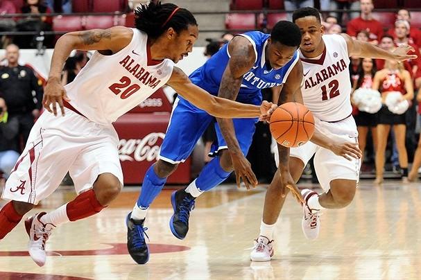 Kentucky Wildcats Basketball:  A Great One Half Team