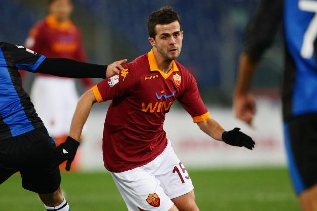 Spurs Suffer Pjanic Blow as Roma Midfielder Welcomes Barcelona Interest