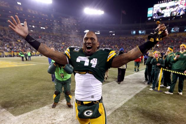Rodgers Throws His Support Behind Woodson