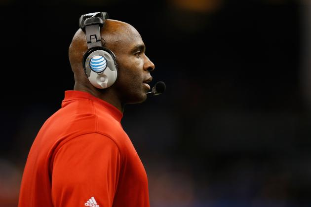 Charlie Strong Agrees to New 8-Year Deal