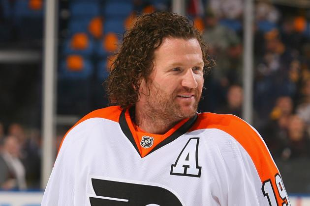 Philadelphia Flyers Wing Scott Hartnell out Indefinitely with Foot Injury