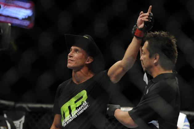 Donald Cerrone to Pettis: 'You Want to Stand and Fight Mother****er, Let's Go'