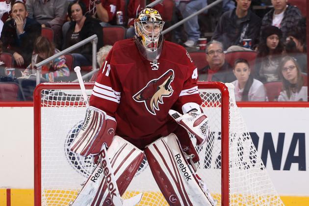 Mike Smith Exits with Undisclosed Injury; LaBarbera in at Goalie