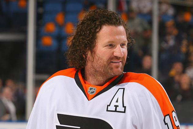 Flyers Winger Scott Hartnell Has Broken Foot, Will Miss 4-8 Weeks