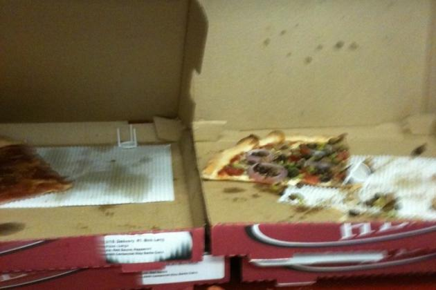 Colin Kaepernick Has 15 Pizzas Delivered to the 49ers' Media Trailer