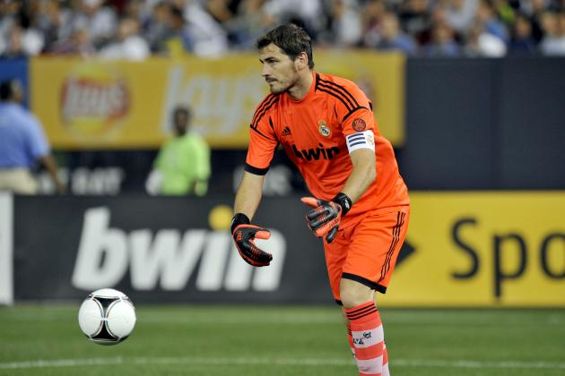 Iker Casillas Injury Puts Man Utd, Barcelona Games in Question