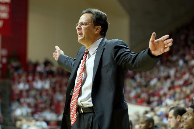 Indiana Hoosiers Basketball: Different Team in Both Halves Reason for Struggles