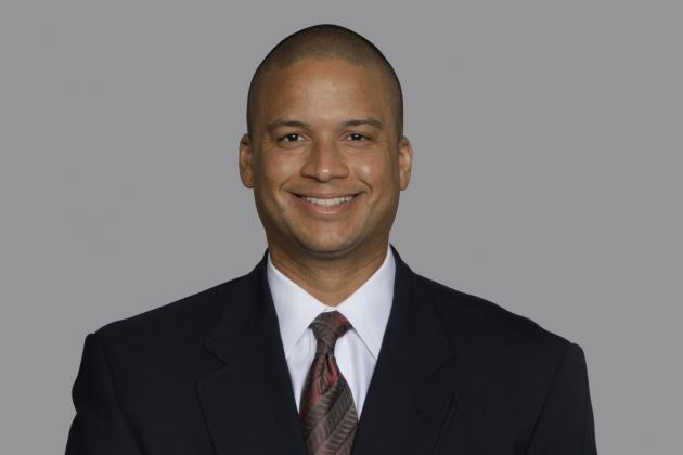 Panthers Hire Holcomb as Linebackers Coach