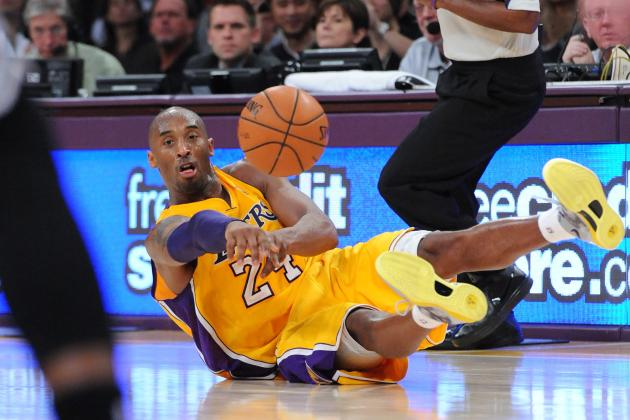 Lakers' Teammates Prefer Kobe Bryant as a Willing Passer