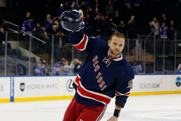 Rangers Rally to Beat Maple Leafs 5-2