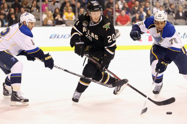 Perron, Redden Combine to Send Blues by Stars