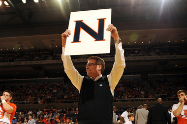Auburn's Gus Malzahn Regularly Showing Support at Basketball Games