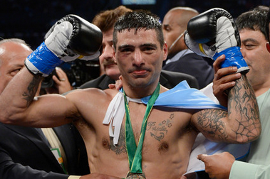 Lucas Matthysse Knocks Mike Dallas out Cold in One