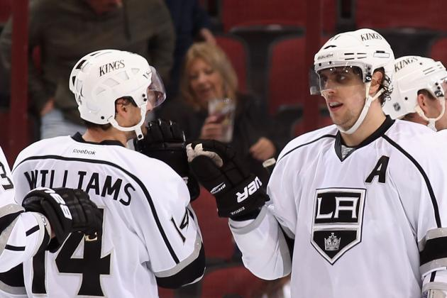 Los Angeles Kings Beat Phoenix Coyotes for First Victory