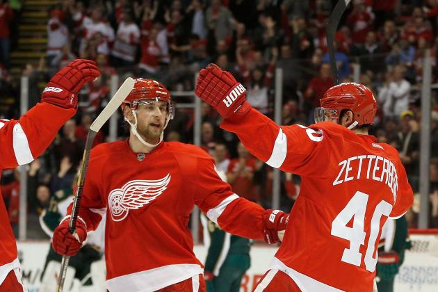 Can Red Wings Wrangle a Winning Streak Away from 5-0 Blackhawks?