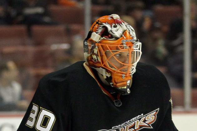 Ducks' Fasth Shines in Shootout, Wins Debut