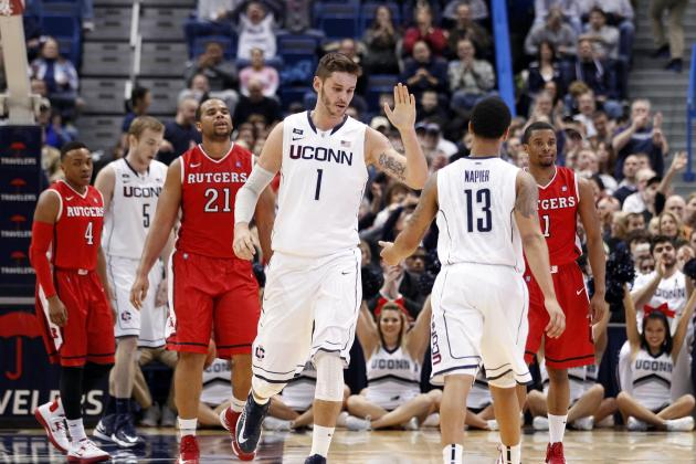 Napier's 19 Points Lead UConn over Rutgers 66-54