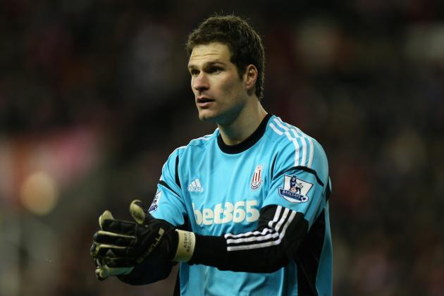 Begovic Sets Heart on £15m Old Trafford Move as United Ponder Replacing De Gea