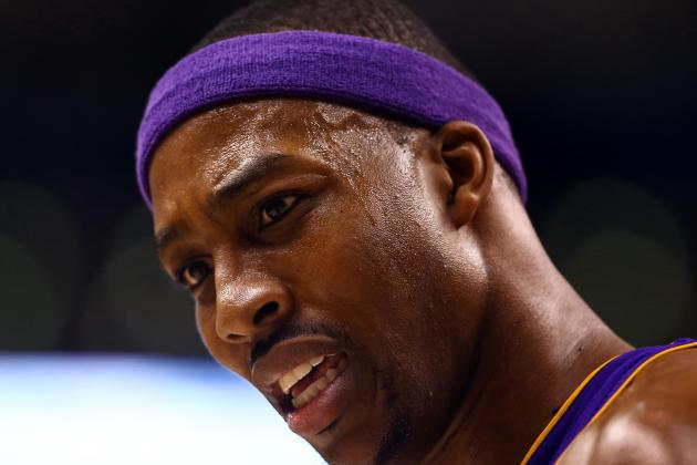Lakers' Dwight Howard Trying to Play Through Pain