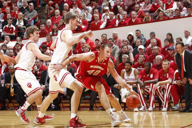 Indiana Basketball: Jordan Hulls a Huge Disappointment on Defensive End