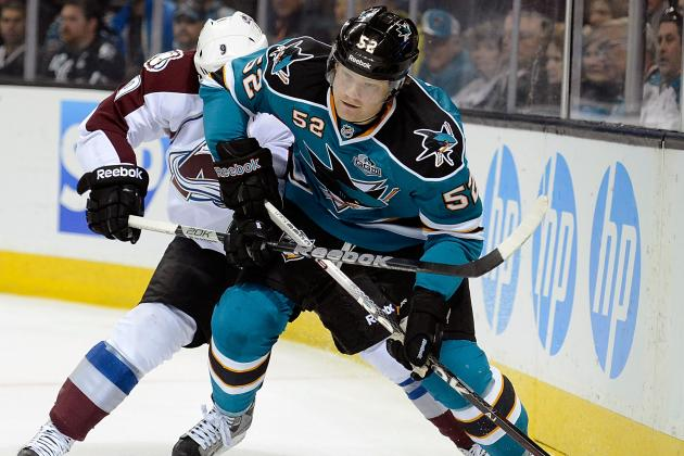 Island's Irwin Fitting in Nicely with Sharks