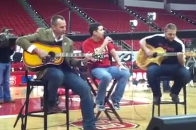 VOD: N.C. State Coach Dave Doeren Jams on His Guitar