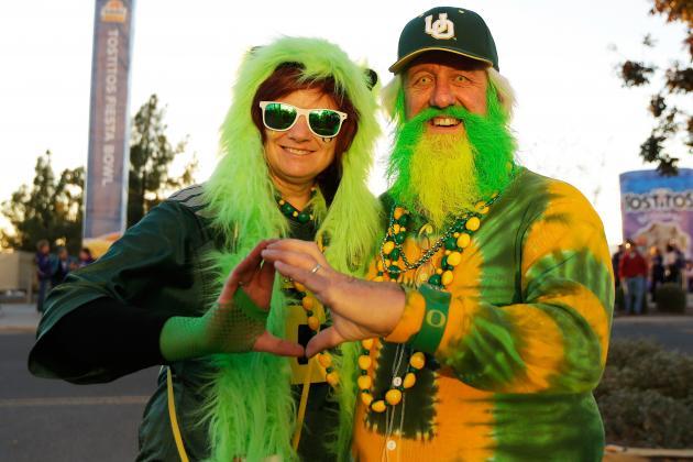 Utah State QB Commit Gets Oregon Offer