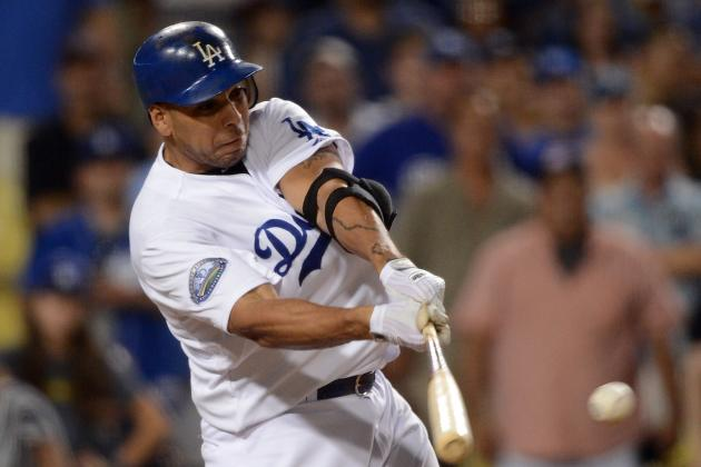 New York Yankees: Bombers and Juan Rivera Agree to 1-Year Minor League Deal