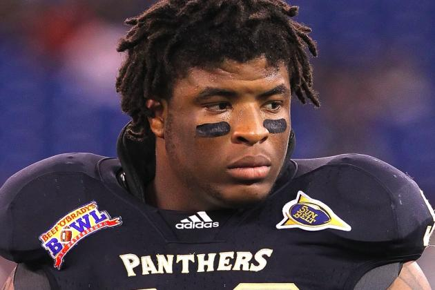 Two FIU Players Tweet About Taking Recruits to a Strip Club